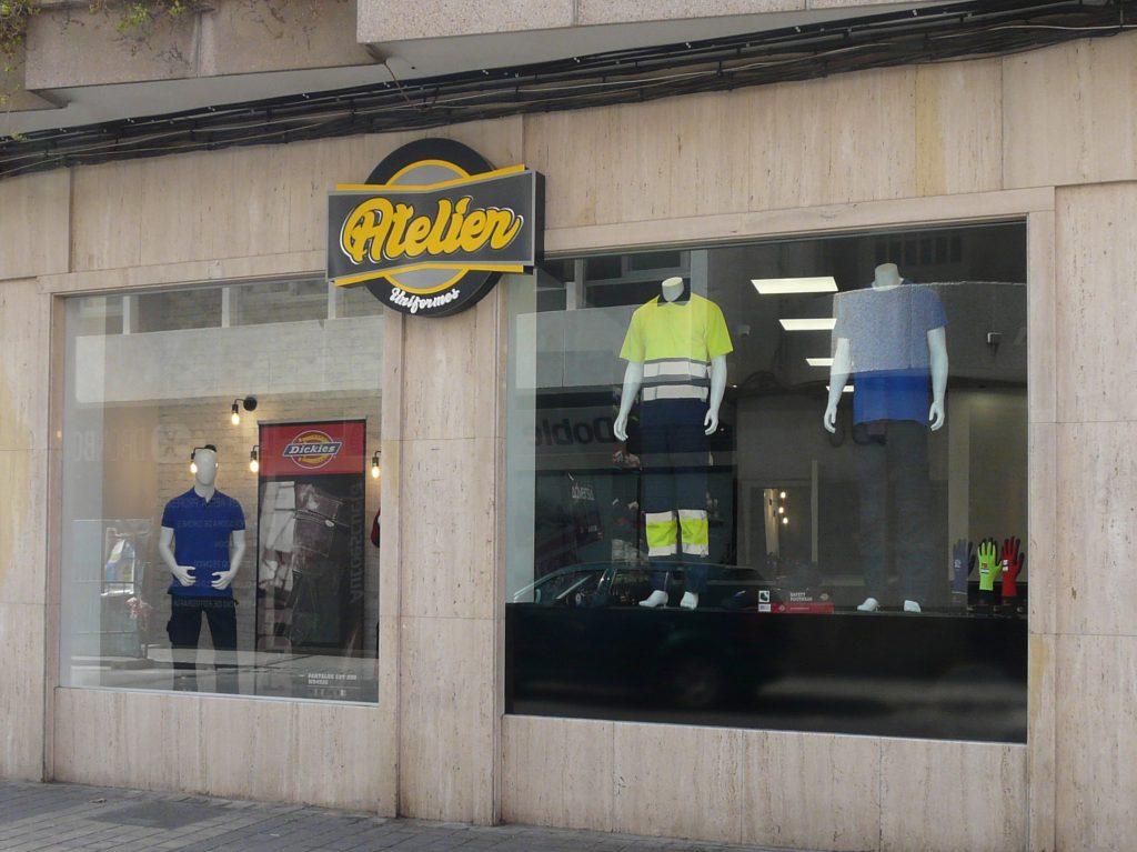 Tienda de ropa de trabajo: UNIFORMES ATELIER
